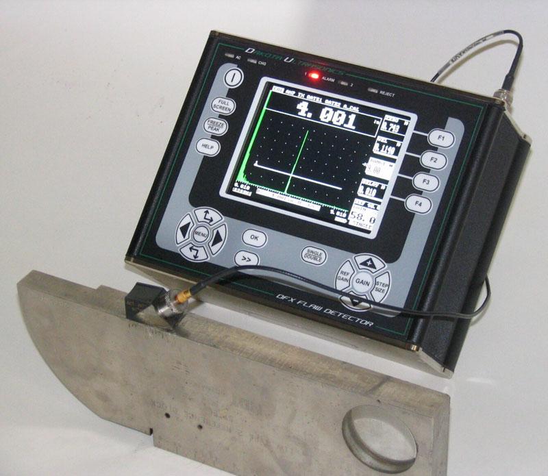 Máy kiểm tra khuyết tật đường hàn vật đúc bằng siêu âm